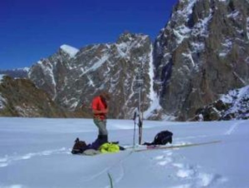 DGPS positioning of an ablation marker on the tongue of Chhota Shigri Glacier at 4400 m.